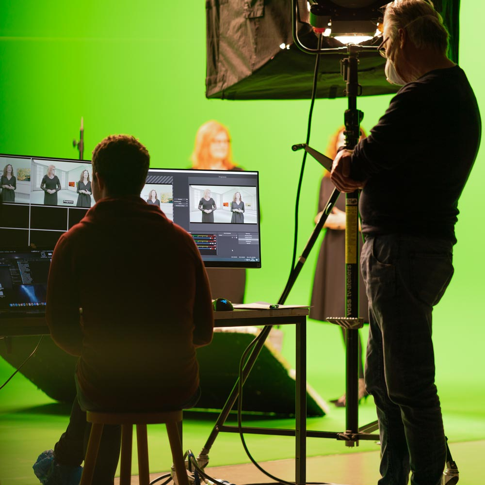 Livestream und Editing im Studio.